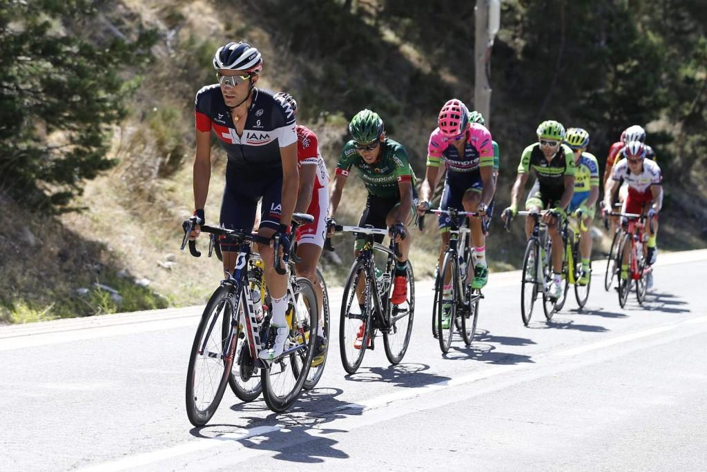 12 September 2015 70th Vuelta a Espana Stage 20 : San Lorenzo de El Escorial - Cercedilla Breakaway at Puerto de Ncerrada Photo : Yuzuru SUNADA