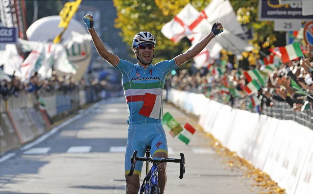 Giro_Di_Lombardia_2015_winner_Vincenzo_Nibali